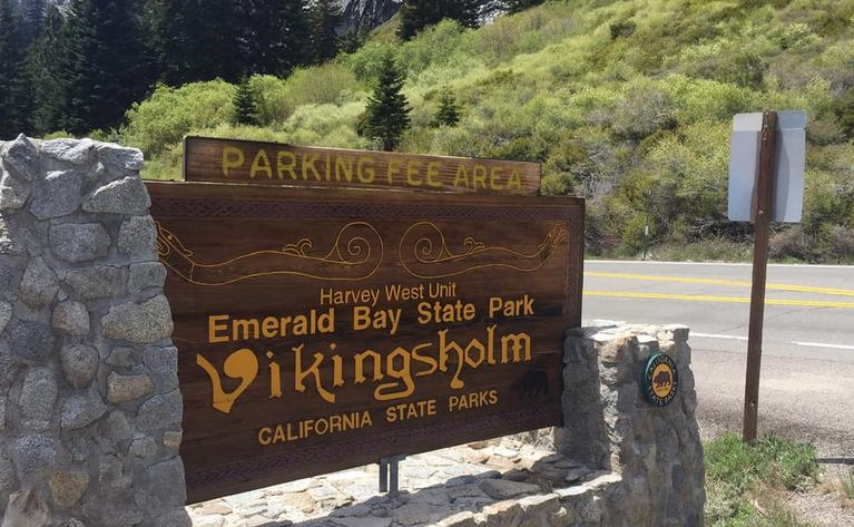Entrance Emerald Bay State Park
