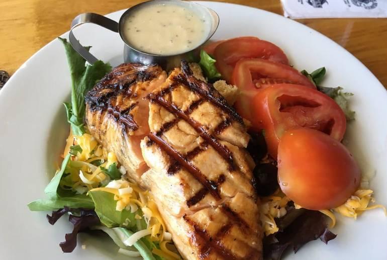 Harpoon Henry's Seafood
