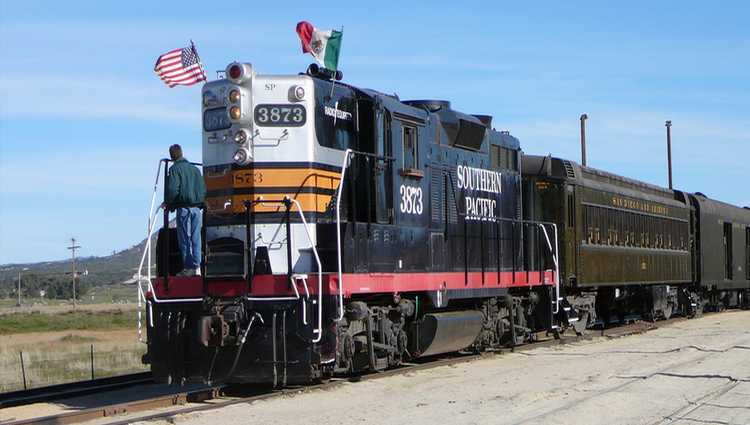 Family Day Trip Pacific Southwest Railway