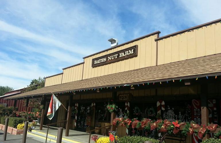 Bates Nut Farm Day Trip from San Diego