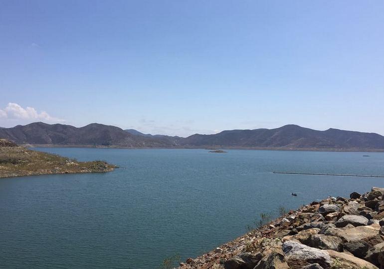 Diamond Valley Lake Shore Fishing Area