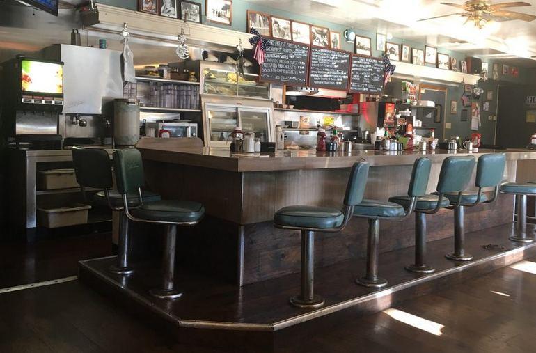 Saugus Café Santa Clarita