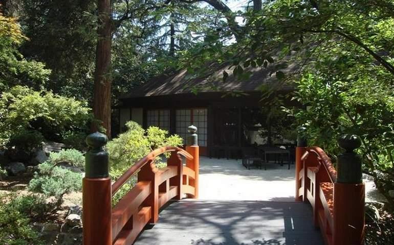 Descanso Garden Full Moon Tea House