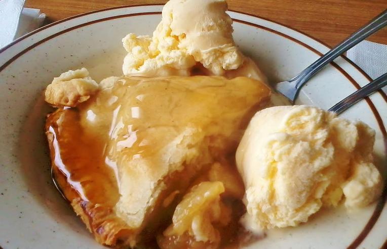 Fresh Apple Pie Oak Glen