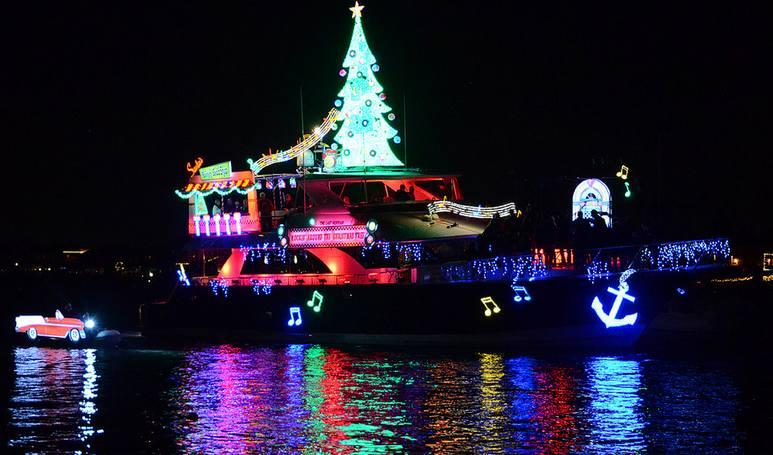 Dana Point Harbor Christmas Parade