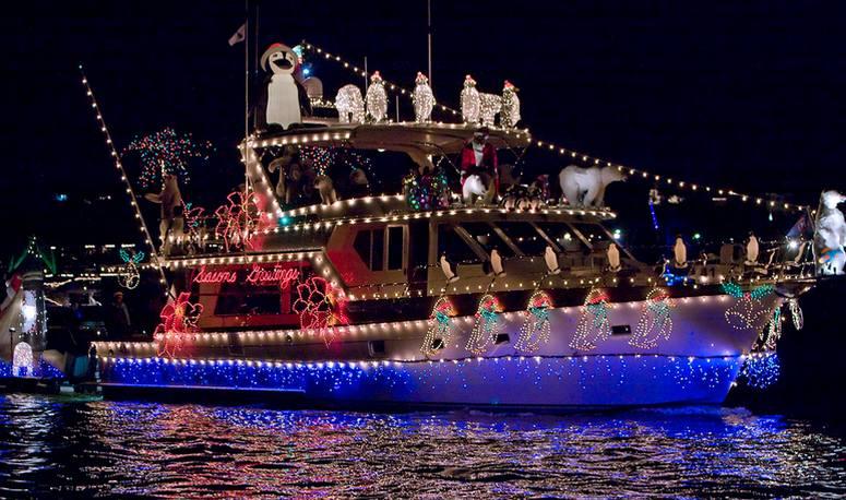 Newport Beach Christmas Boat Cruise Discount Tickets
