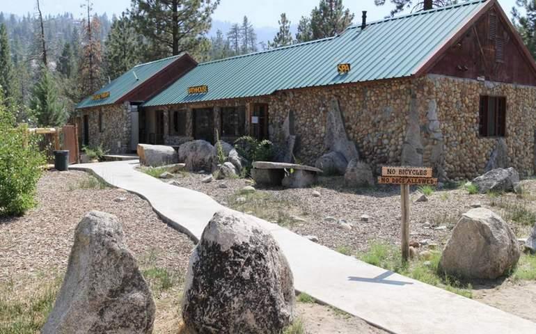 Mono Hot Springs Bathhouse