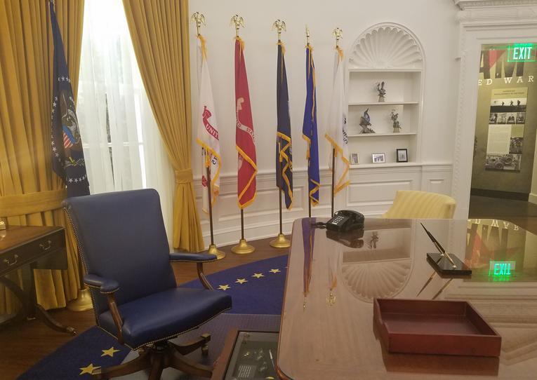 Richard Nixon Library Oval Office