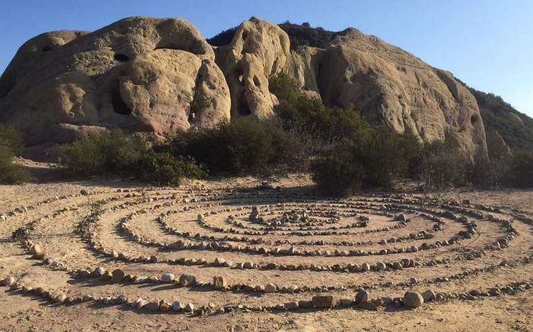 Cave Rock Circles