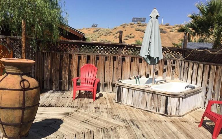 Mercey Hot Springs Outdoor Tubs