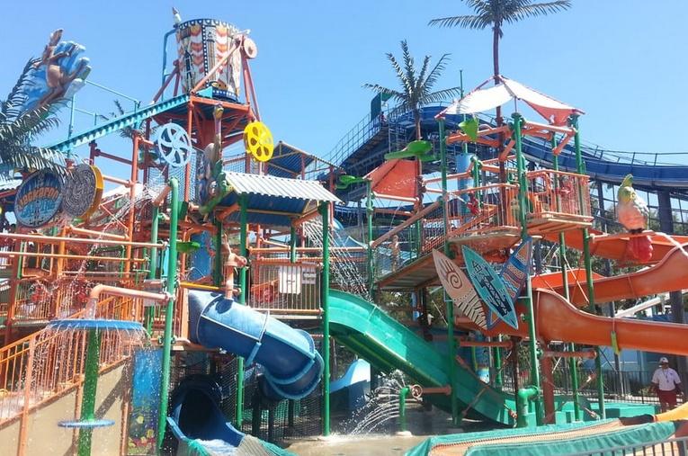 Boomerang Bay Water Park