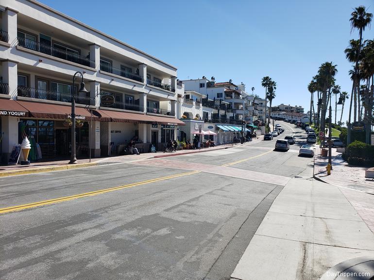 Shops adjacent to the San Clemente Pier