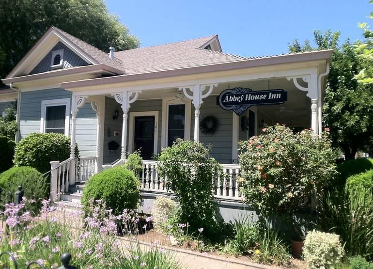 Abbey House Inn Winters California