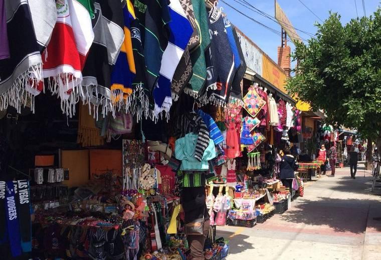 Shopping Rosarito Beach Boulevard Benito Juarez,