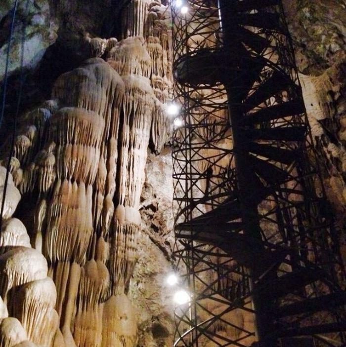 Moaning Cavern Adventure Park
